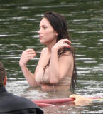 """More from set of 'Jennifer's Body' May 11, 2008 - Nerble Scans Foto 395 (��������� �� ��������� """"���� ���������"""" 11 ��� 2008 - Nerble ����� ���� 395)"""