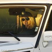 Nov 15, 2010 - Britney Spears shopping at Topanga Plaza Mall in Hollywood (24 MQ + 15 HQ) Th_05052_Forum.anhmjn.com_020_122_494lo